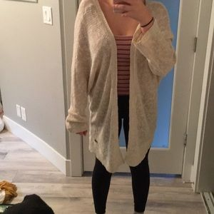 SUPER CUTE CREME ROXY SWEATER